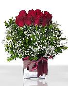 Yozgat çiçek , çiçekçi , çiçekçilik  11 adet gül mika yada cam - anneler günü seçimi -