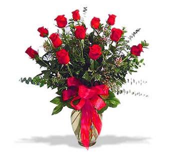 çiçek siparisi 11 adet kirmizi gül cam vazo  Yozgat online çiçek gönderme sipariş