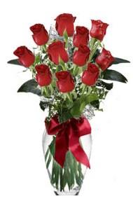 11 adet kirmizi gül vazo mika vazo içinde  Yozgat 14 şubat sevgililer günü çiçek