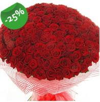 151 adet sevdiğime özel kırmızı gül buketi  Yozgat çiçek siparişi sitesi