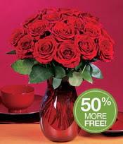 Yozgat çiçek gönderme sitemiz güvenlidir  10 adet Vazoda Gül çiçek ideal seçim