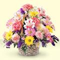 Yozgat uluslararası çiçek gönderme  sepet içerisinde gül ve mevsim