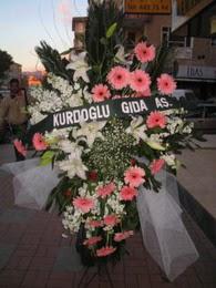 kazablanka,gerbera,sebboy ferforje  Yozgat çiçekçi mağazası