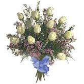 bir düzine beyaz gül buketi   Yozgat çiçek gönderme sitemiz güvenlidir