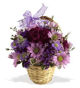 Yozgat uluslararası çiçek gönderme  sepet içerisinde krizantem çiçekleri