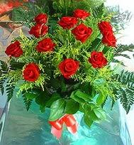 12 adet gül buketi  Yozgat anneler günü çiçek yolla