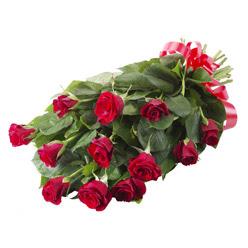 11 adet kirmizi gül buketi  Yozgat yurtiçi ve yurtdışı çiçek siparişi