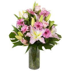 vazo içerisinde karisik mevsim çiçekleri  Yozgat internetten çiçek siparişi