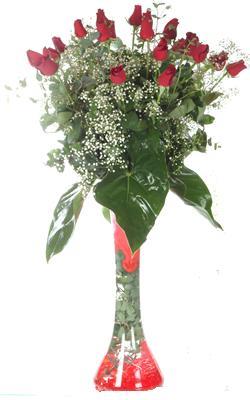Yozgat uluslararası çiçek gönderme  19 ADET GÜL VE FIL CAM AYAGI