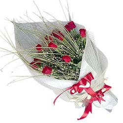 Yozgat yurtiçi ve yurtdışı çiçek siparişi  11 adet kirmizi gül buket- Her gönderim için ideal