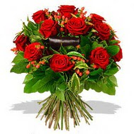 9 adet kirmizi gül ve kir çiçekleri  Yozgat internetten çiçek satışı