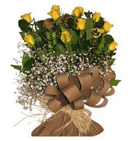 Yozgat çiçek yolla  9 adet sari gül buketi