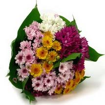 Yozgat çiçekçi telefonları  Karisik kir çiçekleri demeti herkeze