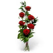 Yozgat çiçek siparişi sitesi  cam yada mika vazo içerisinde 6 adet kirmizi gül