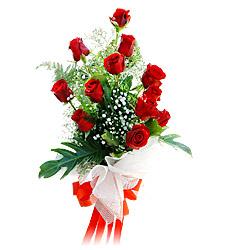 11 adet kirmizi güllerden görsel sölen buket  Yozgat çiçek siparişi vermek