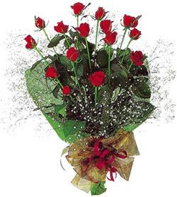 11 adet kirmizi gül buketi özel hediyelik  Yozgat çiçekçi mağazası