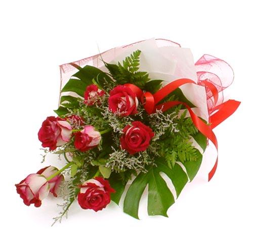 çiçek gönder 7 adet kirmizi gül buketi  Yozgat kaliteli taze ve ucuz çiçekler