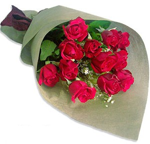 Uluslararasi çiçek firmasi 11 adet gül yolla  Yozgat çiçek mağazası , çiçekçi adresleri