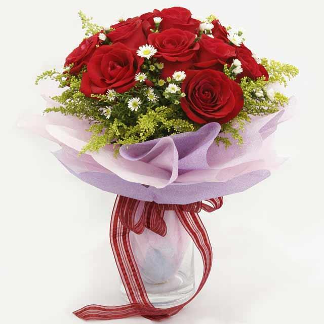 Çiçek gönderme estetikliginiz 11 gül buket  Yozgat çiçekçi mağazası