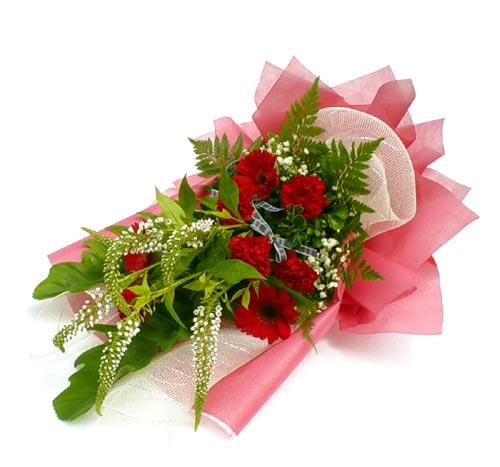 Karisik çiçek buketi mevsim buket  Yozgat çiçek siparişi sitesi