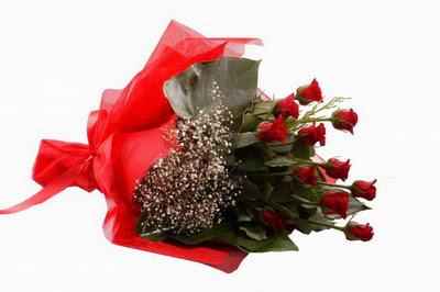 Yozgat çiçek siparişi sitesi  11 adet kirmizi gül buketi çiçekçi