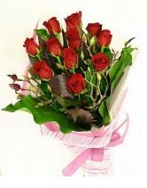 11 adet essiz kalitede kirmizi gül  Yozgat anneler günü çiçek yolla