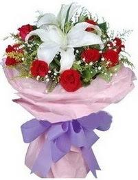 9 adet kirmizi gül 1 adet kazablanka buketi  Yozgat çiçekçi mağazası