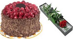 1 adet yas pasta ve 1 adet kutu gül  Yozgat uluslararası çiçek gönderme