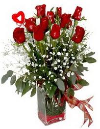 Yozgat çiçek siparişi vermek  9 adet mika yada cam vazoda gül tanzimi kalp çubuk