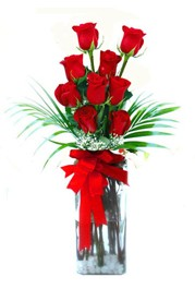Yozgat çiçekçi telefonları  9 adet mika yada cam vazoda gül tanzimi