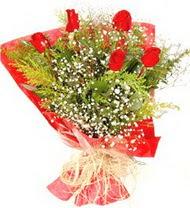 Yozgat anneler günü çiçek yolla  5 adet kirmizi gül buketi demeti