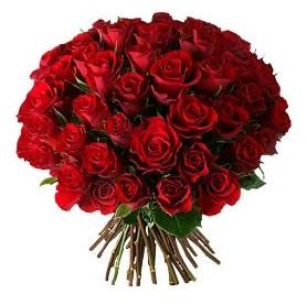 Yozgat çiçek , çiçekçi , çiçekçilik  33 adet kırmızı gül buketi