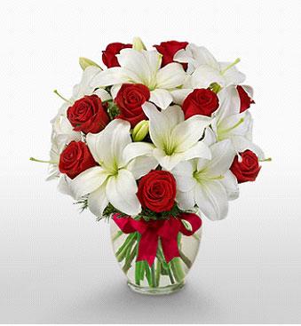 Yozgat hediye çiçek yolla  1 dal kazablanka 11 adet kırmızı gül vazosu