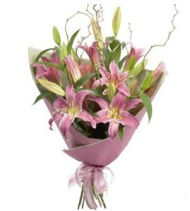 Yozgat İnternetten çiçek siparişi  3 dal cazablanca buket çiçeği
