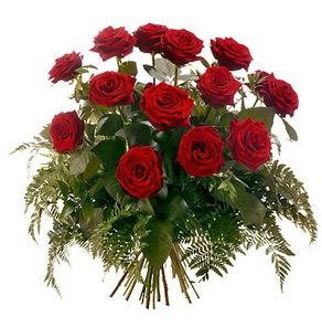 Yozgat internetten çiçek satışı  15 adet kırmızı gülden buket