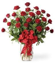Sevgilime sıradışı hediye güller 24 gül  Yozgat 14 şubat sevgililer günü çiçek