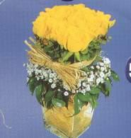 Yozgat anneler günü çiçek yolla  Cam vazoda 9 Sari gül