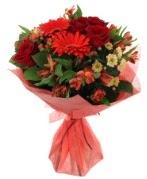 karışık mevsim buketi  Yozgat internetten çiçek siparişi