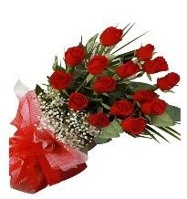 15 kırmızı gül buketi sevgiliye özel  Yozgat çiçek gönderme sitemiz güvenlidir