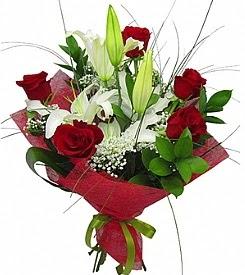 1 dal kazablanka 5 kırmızı gül buketi  Yozgat kaliteli taze ve ucuz çiçekler
