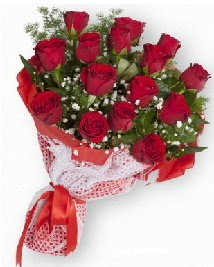 11 kırmızı gülden buket  Yozgat güvenli kaliteli hızlı çiçek