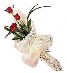 3 adet kırmızı gül buketi  Yozgat güvenli kaliteli hızlı çiçek