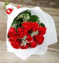 9 kırmızı gülden buket çiçeği  Yozgat çiçek gönderme