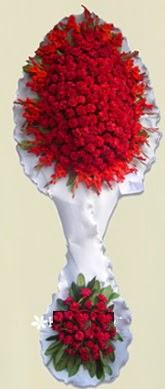 Çift katlı kıpkırmızı düğün açılış çiçeği  Yozgat anneler günü çiçek yolla