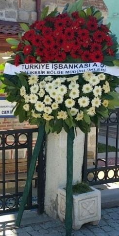 Cenaze çiçek modeli  Yozgat hediye sevgilime hediye çiçek