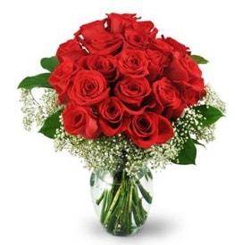 25 adet kırmızı gül cam vazoda  Yozgat çiçek , çiçekçi , çiçekçilik