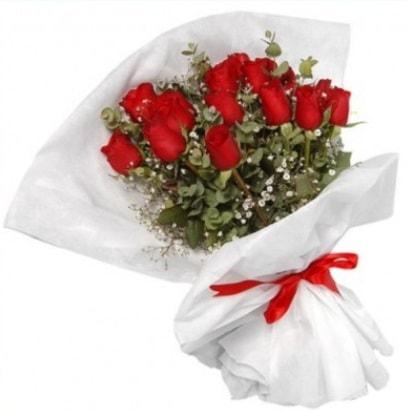9 adet kırmızı gül buketi  Yozgat çiçekçi mağazası