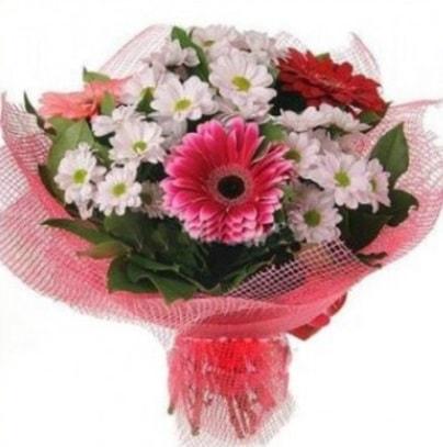 Gerbera ve kır çiçekleri buketi  Yozgat internetten çiçek siparişi