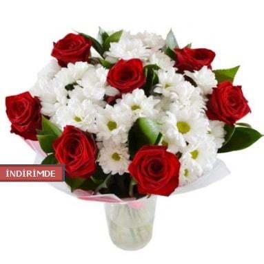 7 kırmızı gül ve 1 demet krizantem  Yozgat çiçek gönderme sitemiz güvenlidir